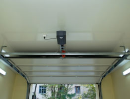 garage door motorGet Familiarized With the Different Types of Garage Door Openers