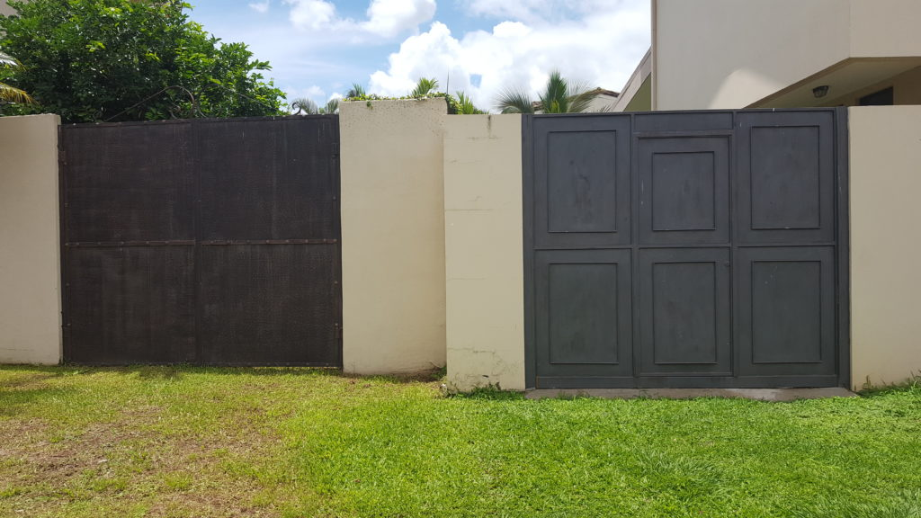 Clopay Garage Doors Add Resale Value To Home One Clear